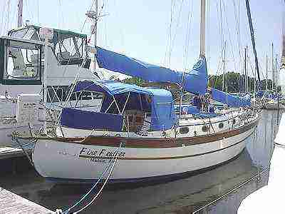 Cruising Sailboat FOR SALE used - Roomy Live Aboard Union