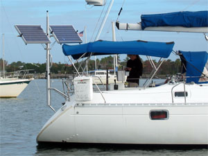 One of the many different ways you can set up your Solar Stik on  your boat.